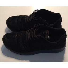 NYC sneakers Farve: Sorte Kun brugt én enkelt gang! Mp. 100,-