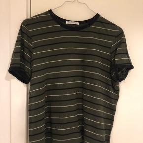 T shirt fra zara Rabat ved køb af flere t shirts