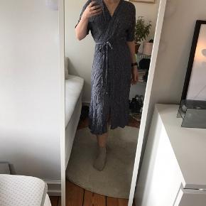 Boii Studio kjole eller nederdel