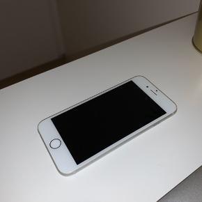 iPhone 6s sælges, da jeg har købt ny. Lidt brugs mærker, men ellers ingen skader. Fungerer fuldstændig normalt. Har fået skiftet batteriet for nogle måneder siden.