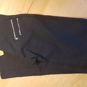 Karostar bukser