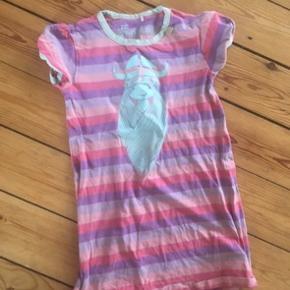 Danefæ kjole 116  - fast pris -køb 4 annoncer og den billigste er gratis - kan afhentes på Mimersgade 111 - sender gerne hvis du betaler Porto - mødes ikke andre steder - bytter ikke
