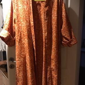 Madam Stoltz Øvrigt tøj til kvinder