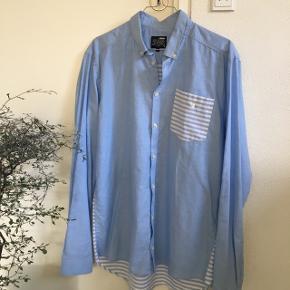 Helt ny skjorte fra Minimum Str.L Mærke klippet af men har aldrig været brugt. Sender med DAO📦 det koster 38kr