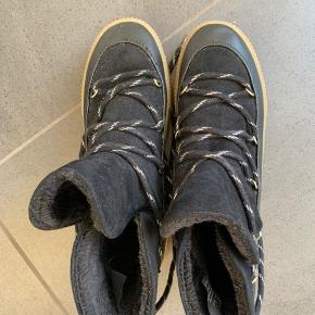 Skønne vinterstøvler med for.  Aldrig brugt