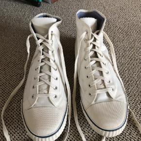 Flotte Canvas sko fra Tretorn. Aldrig brugt