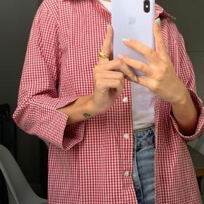 Rød vintage retro skjorte