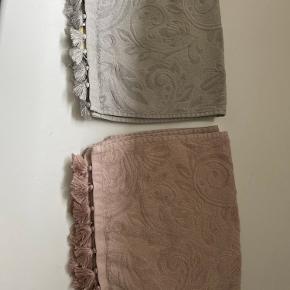 Zara Home håndklæder små med kvaster 2 stk. Grå  2 stk. Rosa