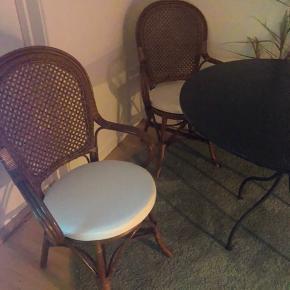 3 kurvstole sælges for 540kr