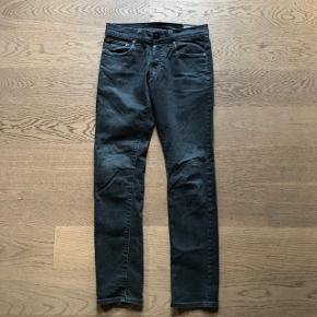 Grå bukser model 3301.Str. 27/32.
