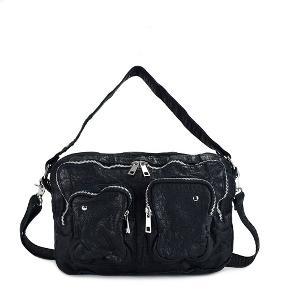 Nunoo Mia taske i sort vasket læder sælges