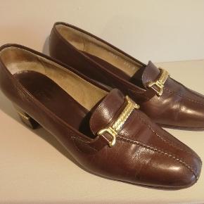 Flotte gucci heels God stand