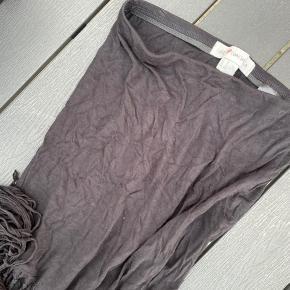 Frynse nederdel fra H&M loves coachella kollektion