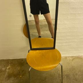 Jeg er 174 cm og bruger normalt s eller xs. Gå gerne ind og kigge på min side for mere. Vi kan altid finde ud af noget med noget mængderabat.