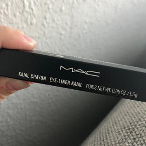 Mac Kajal Crayon Gone Blanc eyeliner. Aldrig brugt. Jeg sender gerne.