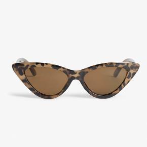 Monki cat eye solbriller Bytter gerne  Byd