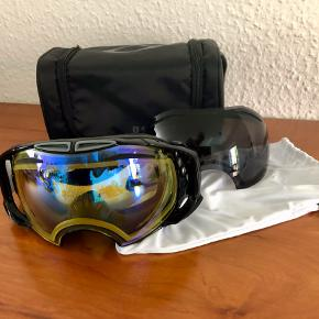OAKLEY snow airbrake google w/extra lens - Men  Ny Oakley brille med ekstra brille - Small  Kan afhentes i Holbæk eller Ll. Salby v/Køge. Alternativt sendes for ekstra kr. 40.