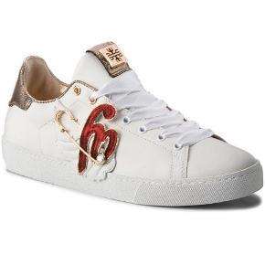 Högl sneakers
