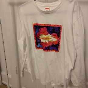 Supreme longsleeve med print.  Super fin stand.  Condition 8,5/10