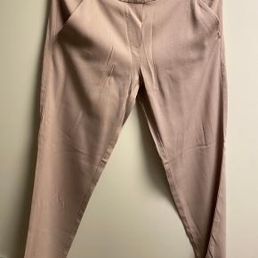 Carla G bukser