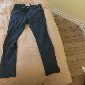 Shaping New Tomorrow Jeans