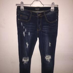 Fashion Nova jeans Str: 36 Aldrig brug  Np: 350kr
