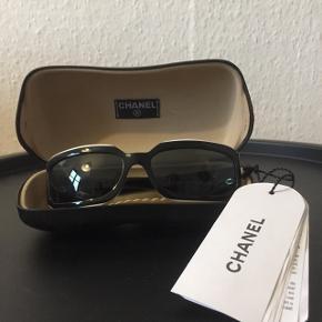 4ada15ad4cd9 CHANEL solbriller Brugt MEGET få gange Ingen ridser