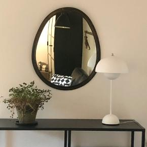 Tine K Home XXL spejl, 50x60cm. Nypris 1650kr.  Spejlet skal afhentes i Odense.