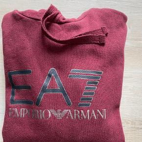 Armani hættetrøje