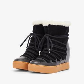 Lækreste vinterstøvler fra Shoe the Bear. Støvlerne er aldrig brugt og ligger stadig i æsken.  Nypris er 1100 kr  Normale i str