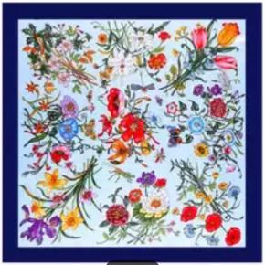 Nyt tørklæde blomster blomstrede lyseblå blå