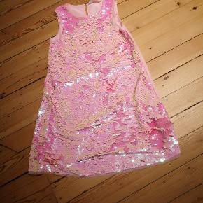 Paliet kjole, aldrig brugt