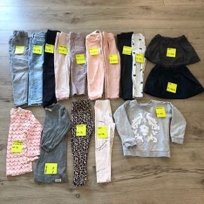 Tøjpakke til pige. Str 98/104/110.  Se mærker og størrelser på billede.  Meget velholdt. Fra røg- og dyrefrit hjem.