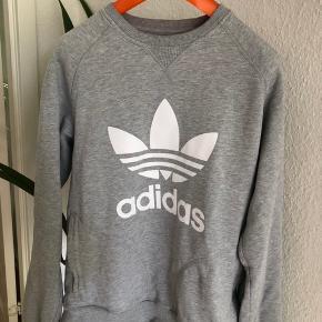 Adidas sweatshirt  Størrelse M