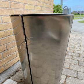 Eva solo grill. Børstet stål. 49 cm i diameter