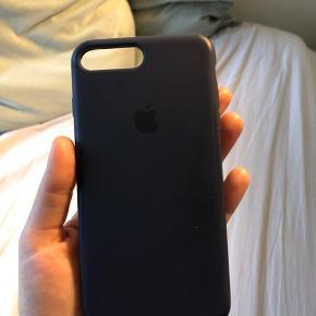 Apple cover i silicone, en kun en lille mindre skræmme. Passer iPhone 7/8 plus