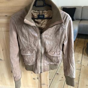 Oasis Brun/beige 100% jakke.  100% læder