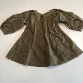 Skøn kjole. Armygrøn, Stor i str.Sendes ikke, Sønderris