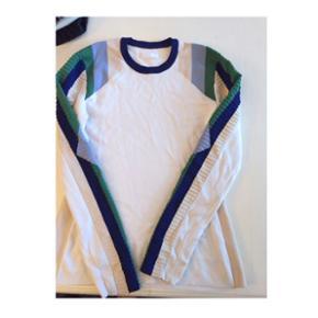 Fed trøje fra 2ndday Nypris: 1200,-