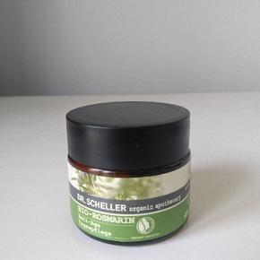 Dr scheller økologiske dagcreme  Ansigtscreme med rosmarin.  50ml Kun prøvet på én gang og taget med spatel.