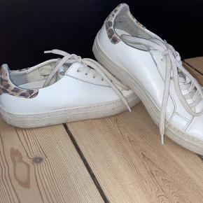 Redesign sneakers