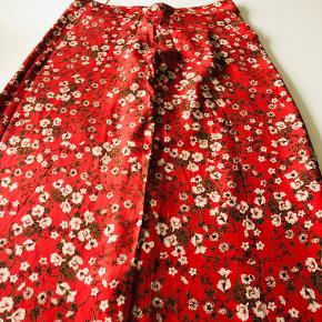 megelt flot lang nederdel, i viscose, med flot fald, lidts smock effekt i taljen