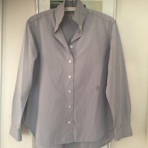 Totême skjorte
