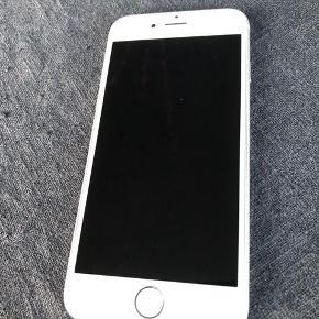 Iphone 6, 16 GB. Ca 3 år gammel. Oplader og originalkasse medfølger.