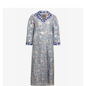 Varetype: Deborah S/S 2019 Farve: Sølv/blå Oprindelig købspris: 2500 kr.  Lige landet i butikkerne