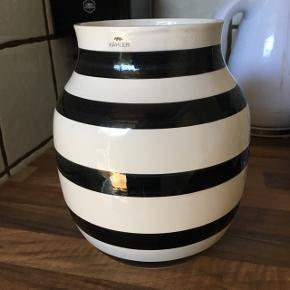 stor Kähler vase Kun brugt få gange har ellers stået til pynt Ingen skår eller mærker