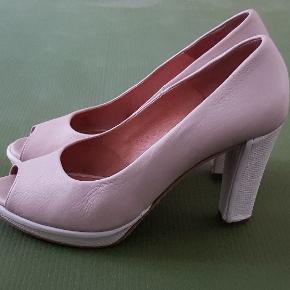 Fonnesberg heels