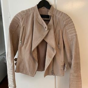Sælger denne meotine ziva biker jakke. Skriv for mere info.