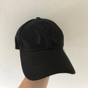 New Era kasket
