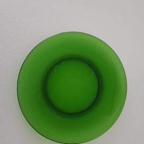 4 stk middagstallerkener i grønt glas